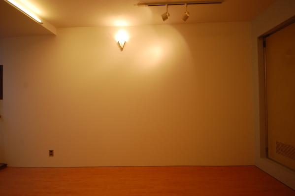 アパート 壁ペンダント