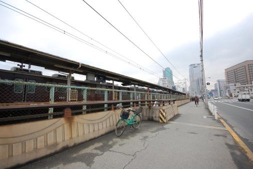 大阪へ園田から自転車で 中津駅